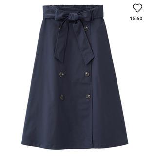 ジーユー(GU)のフレアトレンチスカート (ひざ丈スカート)