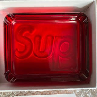 シュプリーム(Supreme)のSupreme Debossed Glass Ashtray Red (灰皿)