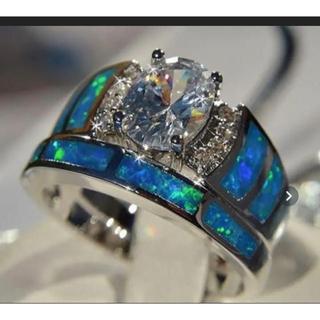 ホワイトサファイアブルーオパールリング‼️破格値段(リング(指輪))
