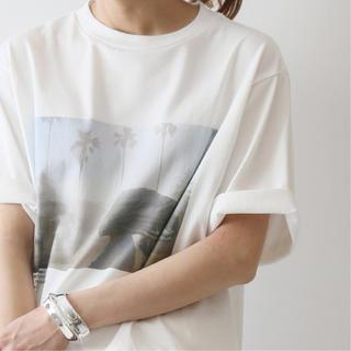 フレームワーク(FRAMeWORK)の【JOHN MASON SMITH】 別注フォトT S/S Tee(スカーフ)2(Tシャツ/カットソー(半袖/袖なし))