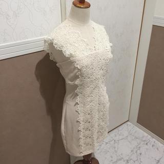 エミリアウィズ(EmiriaWiz)のショルダー刺繍レースワンピース キャバ ドレス ブライダル(ナイトドレス)