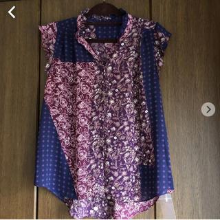 イッカイジャパン(IKKAI JAPAN)の新品です。(シャツ/ブラウス(半袖/袖なし))