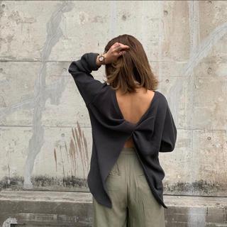 アングリッド(Ungrid)のバックデザインワッフル ロングスリーブtee(Tシャツ(長袖/七分))