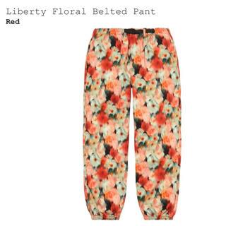 シュプリーム(Supreme)のsupreme liberty floral belted pant L 赤(ワークパンツ/カーゴパンツ)