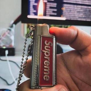 シュプリーム(Supreme)のSupreme Metal Lighter Holster ネックレス(タバコグッズ)