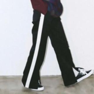 エックスガール(X-girl)のエックスガール ラインパンツ サイズ2(カジュアルパンツ)