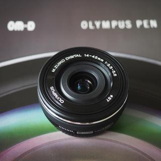 オリンパス(OLYMPUS)の極美品 オリンパス M.ZUIKO 14-42mm f3.5-5.6 EZ 黒(レンズ(ズーム))