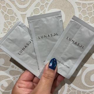 ルナソル(LUNASOL)のLUNASOL  美容液サンプル  3袋(サンプル/トライアルキット)