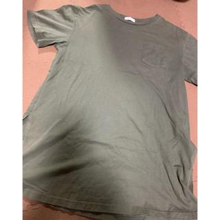 アースミュージックアンドエコロジー(earth music & ecology)のスリット入りTシャツ(Tシャツ(半袖/袖なし))