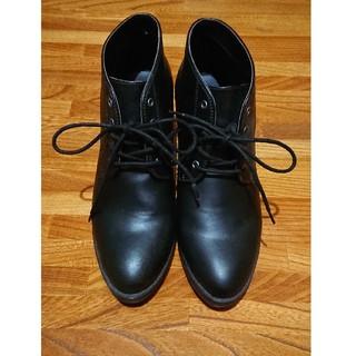 UNIQLO - ヒール 靴 黒色