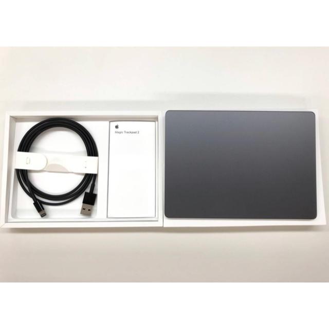 Apple(アップル)のMagic Trackpad 2 スペースグレー 中古美品 付属品完備 スマホ/家電/カメラのPC/タブレット(デスクトップ型PC)の商品写真