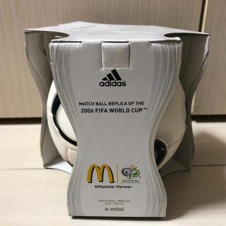 アディダス(adidas)のサッカーワールドカップ2006年×マクドナルド ミニサッカーボール 当選品(ノベルティグッズ)