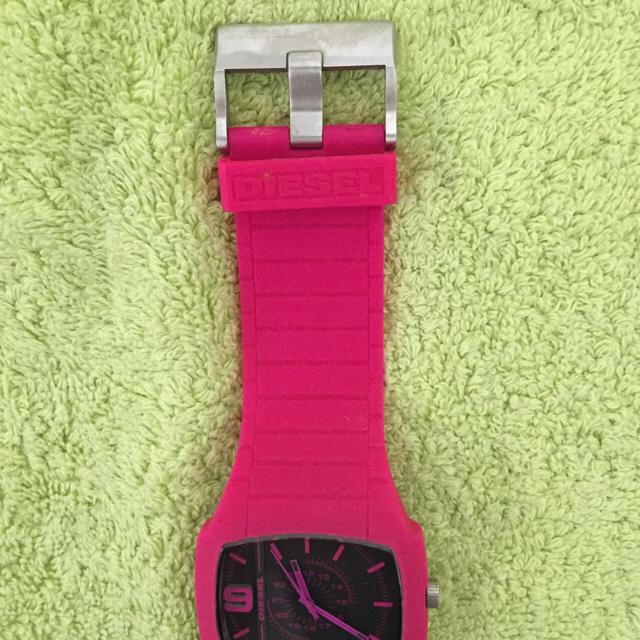 DIESEL(ディーゼル)の週末限定!!DIESEL 時計✴︎ピンク レディースのファッション小物(腕時計)の商品写真