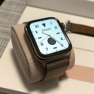 アップルウォッチ(Apple Watch)の【美品】Apple Watch Series5 40mm【純正ベルト2種類】(腕時計(デジタル))