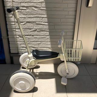 MUJI (無印良品) - 無印 舵取り棒付き 三輪車