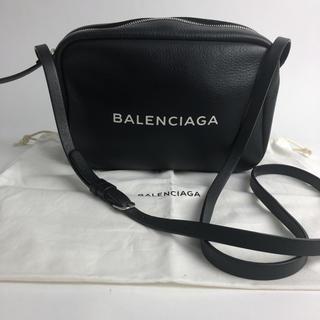 バレンシアガ(Balenciaga)の確実正規品BALENCIAGAカメラバッグ(ショルダーバッグ)