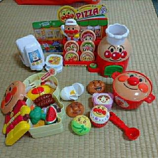 アンパンマン(アンパンマン)のアンパンマン ピザ屋さん&お鍋&お弁当箱&レジスターセット(知育玩具)