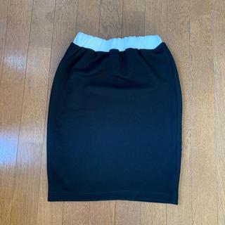 デュラス(DURAS)のスカート(ひざ丈スカート)