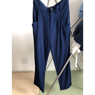 ザラ(ZARA)のZARA 紺色 パンツ 9分丈(クロップドパンツ)