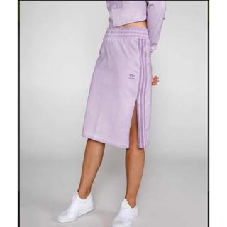 アディダス(adidas)のタグ付 新品 adidas レディース スカート M パープル アディダス(ひざ丈スカート)