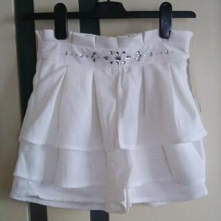 ユメテンボウ(夢展望)の新品 ホワイト スカート風 フリルショートパンツ(ショートパンツ)