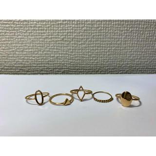 エイチアンドエム(H&M)の指輪/リング 5つセット 大きめ(リング(指輪))