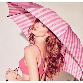 ヴィクトリアズシークレット(Victoria's Secret)の【新品】 ヴィクトリアシークレット 傘 VS ピンク ストライプ 新作(傘)