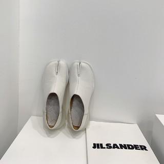 マルタンマルジェラ(Maison Martin Margiela)のメゾンマルジェラ MM6 パンプス 足袋(ローファー/革靴)