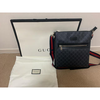 グッチ(Gucci)のGGスプリーム キャンバス メッセンジャーバッグ(メッセンジャーバッグ)
