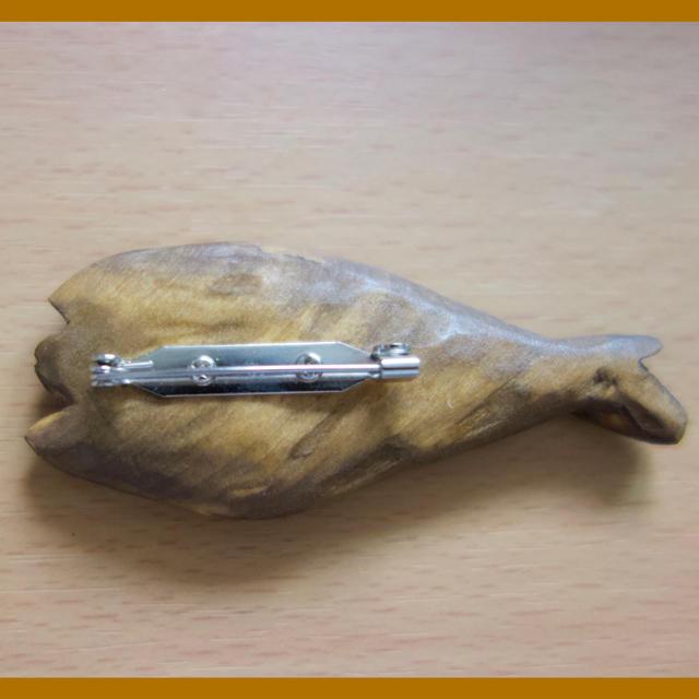 魚のブローチ 専用出品 ハンドメイドのアクセサリー(コサージュ/ブローチ)の商品写真