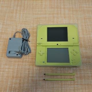 ニンテンドーDS(ニンテンドーDS)の【最終価格】Nintendo  DS ニンテンドー DSI LIME GRE(携帯用ゲーム機本体)
