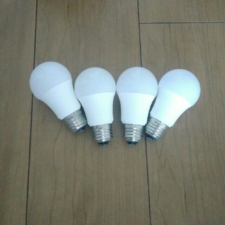 SLY店員様用 LED電球 4つ(蛍光灯/電球)