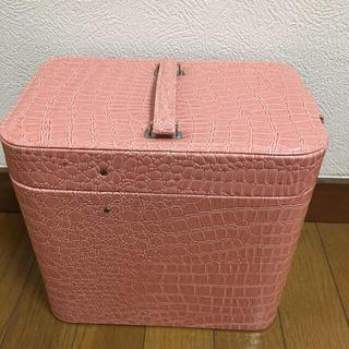 メイクボックス ピンク系 スリム 省スペース たっぷり収納(メイクボックス)