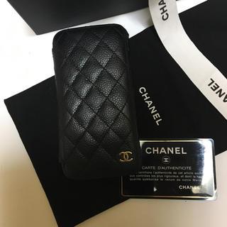 シャネル(CHANEL)のCHANEL  iPhoneケース キャビアスキン 正規品 ゴールド ココマーク(iPhoneケース)