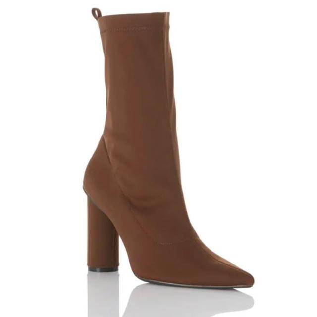 ALEXIA STAM(アリシアスタン)のYELLO BROWN SUGER SHORT レディースの靴/シューズ(ブーツ)の商品写真