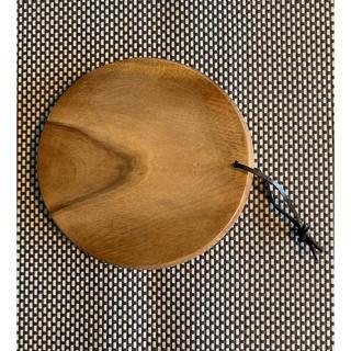フォグリネンワーク(fog linen work)のfog linen work カッティングボード ラウンド 円形(テーブル用品)