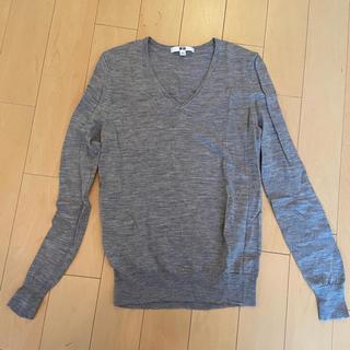 ユニクロ(UNIQLO)の【良品】ニット セーター ユニクロ グレー(ニット/セーター)