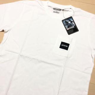 アウトドアプロダクツ(OUTDOOR PRODUCTS)の新品 白 XL アウトドアプロダクツ ロゴタグ ポケット Tシャツ(Tシャツ/カットソー(半袖/袖なし))