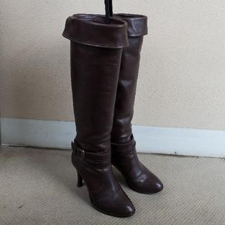 ダイアナ(DIANA)のダイアナ ロングブーツ ブーツホルダー付き(ブーツ)