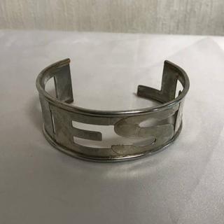 ディーゼル(DIESEL)の本物ディーゼルDIESELブランドロゴバングルブレスレットシルバー銀メンズ(ブレスレット)