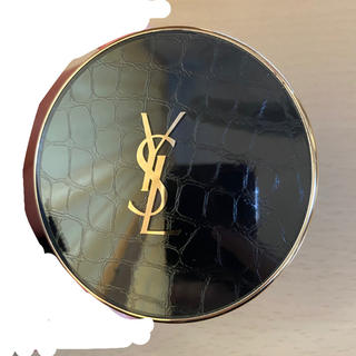 Yves Saint Laurent Beaute - Yves Saint Laurent アンクル ド ポー ルクッション