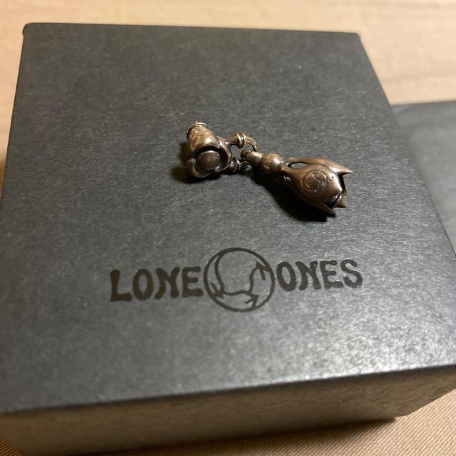 LONE ONES(ロンワンズ)のLONE ONES ロンワンズ  フローリンク ウィズ ティアベルイヤリング メンズのアクセサリー(ピアス(片耳用))の商品写真