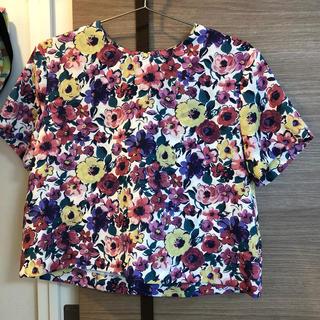 ドットアンドストライプスチャイルドウーマン(Dot&Stripes CHILDWOMAN)の花柄トップス (カットソー(半袖/袖なし))