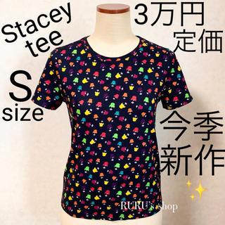 アリスアンドオリビア(Alice+Olivia)の新品 alice+olivia ステイシー プリント Tシャツ(Tシャツ(半袖/袖なし))