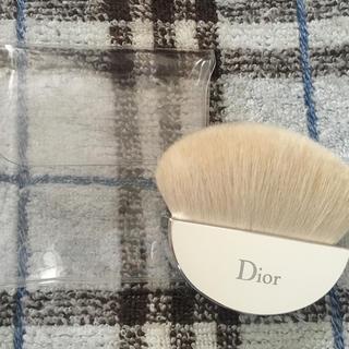 クリスチャンディオール(Christian Dior)のディオール  ルースパウダーブラシ  新品(フェイスパウダー)