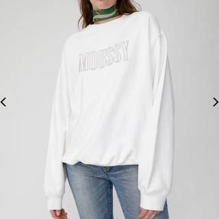 moussy - moussy  EMBROIDERY プルオーバー スウェット