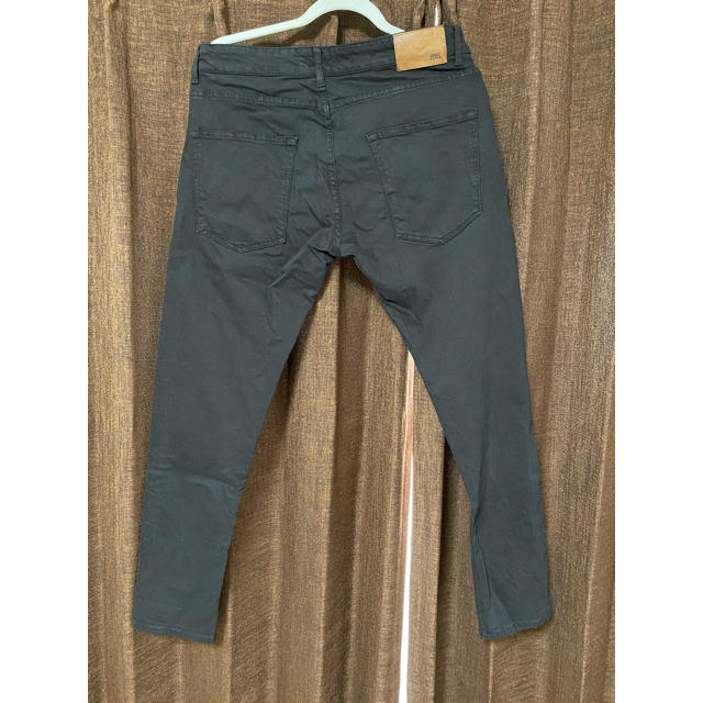 ZARA(ザラ)のZARA ザラ スキニー 黒 ブラック メンズのパンツ(デニム/ジーンズ)の商品写真