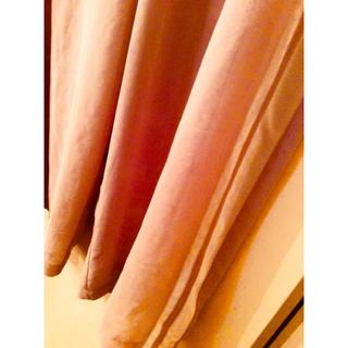 ジーヴィジーヴィ(G.V.G.V.)の【セール終了】ピンクベージュデザイン白ラインサラサラパンツ❤️(カジュアルパンツ)