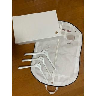 モンクレール(MONCLER)のモンクレール ガーメント ハンガー×3 ギフトボックス(ショップ袋)