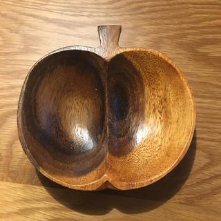 りんご型 小物置き(小物入れ)